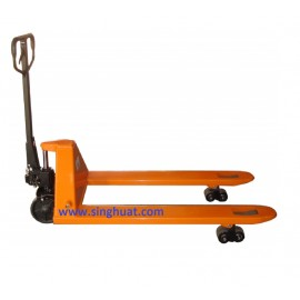 2.5 TON PALLET TRUCK * Images are for illustrative purposes only*